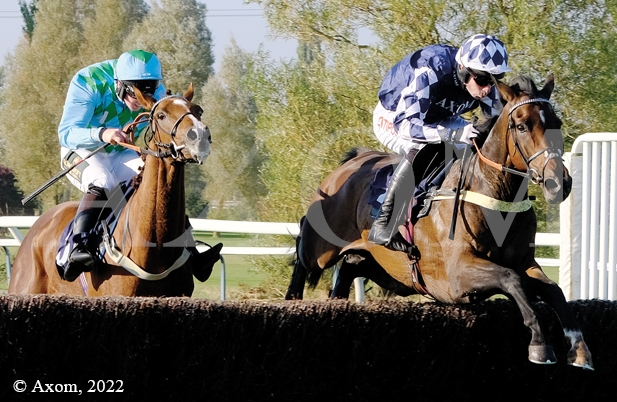 Fidux winning at Southwell - 10 October 2018