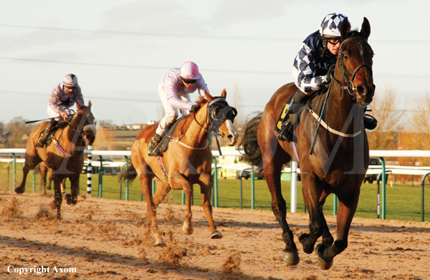 Orkney winning at Southwell for Tom Eaves and Julie Camacho
